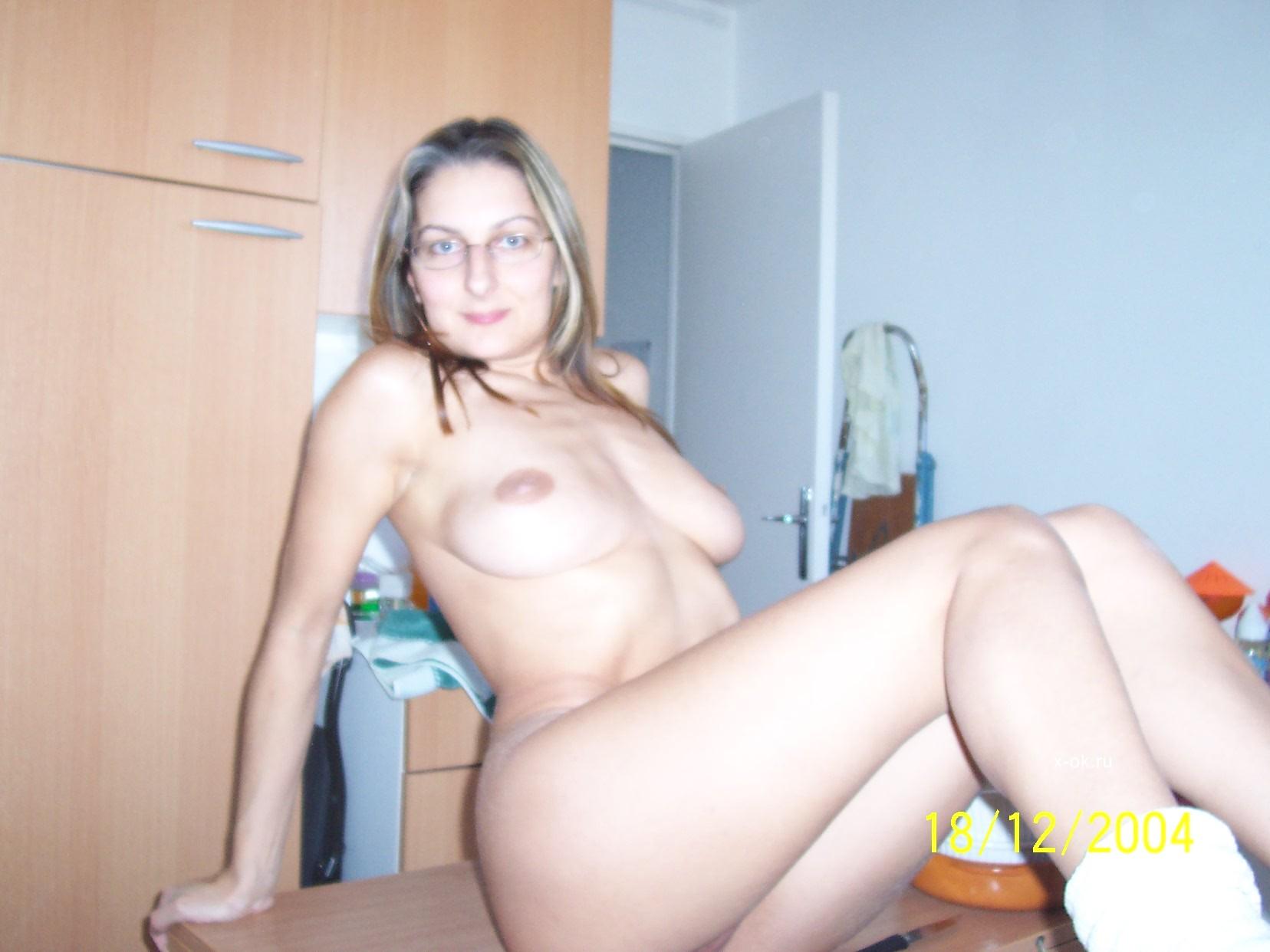 Фото голые жёны с любовником 18 фотография
